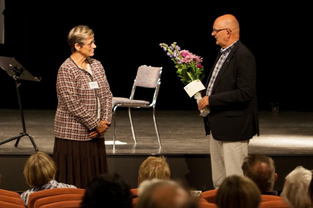 Hultsfreds kommun uppvaktar genom Åke Nilsson